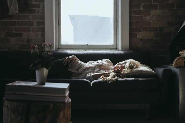 How to get over jet lag when you get home