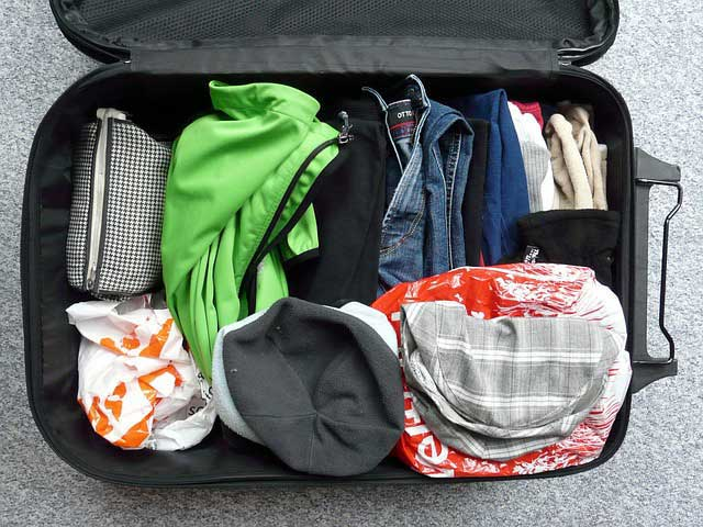 Is there a liquid limit for checked baggage?