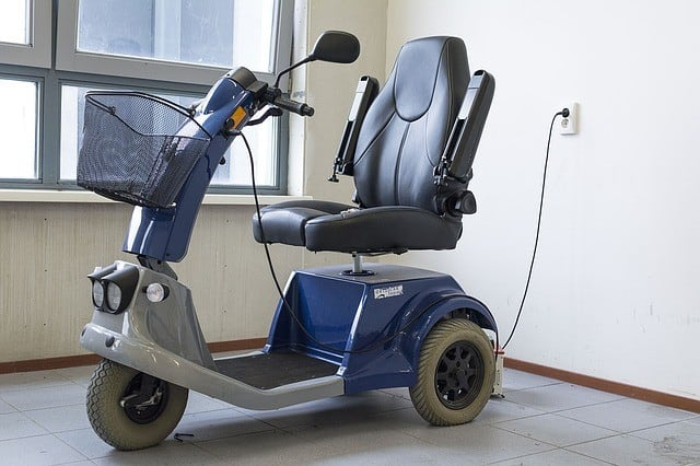 Wet and spillable batteries (wheelchairs and mobility devices)