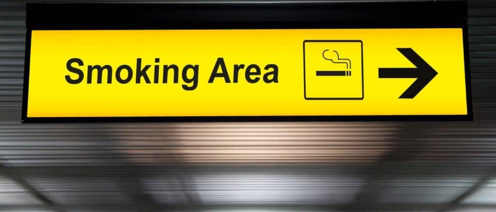 UK airport smoking areas