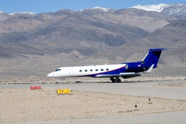 How high do private jets fly?
