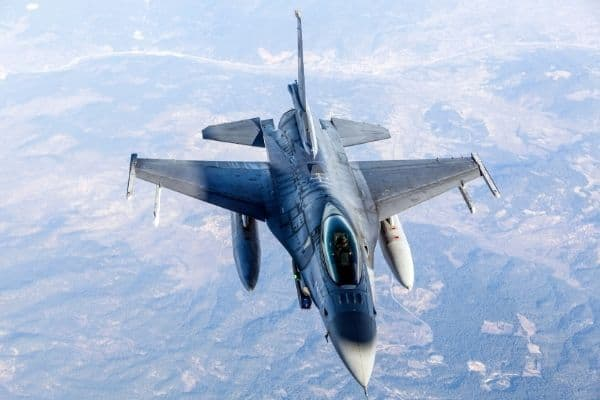 How high do fighter jets fly?